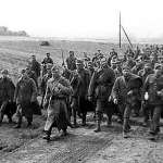 歷史上的今天》4月13日──這回不是我們幹的!納粹德國揭發蘇聯坑殺波蘭菁英的「卡廷大屠殺」