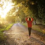 「走是養生之王」為捐肝救活兒子,這位媽媽日走10公里,只為消除…