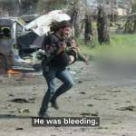 敘利亞內戰》拋下相機救孩子的戰地攝影師 「我無法只是看著孩子哀號與死去」