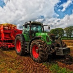 全球性的飢荒與食物短缺,該怎麼解決?智能農場結合科技和創新,開啟農場革命
