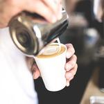40歲到50歲之間最該注意…拒絕帕金森氏症找上門,日本名醫的妙招:喝咖啡!