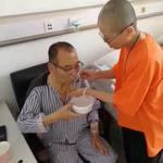 「求習近平發憐憫之心」劉曉波家屬:他的肝硬化轉為腹水,已命在旦夕