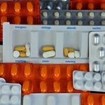 醫院很黑心,都故意低價買藥、賣貴賺價差?其實在現今健保制度下,醫院實在超無奈