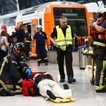 西班牙巴塞隆納通勤尖峰時刻發生火車事故 54人受傷、1人重傷