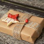 送禮物要如何送進對方心坎裡?行銷學教授教你用「共伴效應」抓住他的心