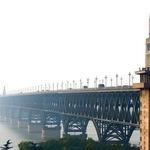 世界第一座「中國製造」現代橋梁》南京長江大橋「拉皮」力求回復光榮記憶