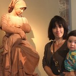 「雕像都袒胸露乳,我哺乳卻要遮?」英國媽媽博物館哺乳遭勸導,幽默反擊館方
