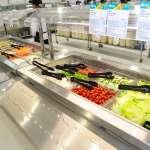 「台灣是食物王國」沙拉、清真菜、甜點…世大運選手村日供應4萬份、175種食物