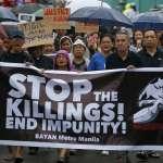 菲律賓毒品戰爭》一具高中生屍體點燃民眾怒火 杜特蒂承認警察可能濫權