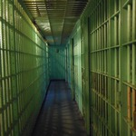 把犯罪的人關起來就天下太平了嗎?印尼這所監獄告訴你,事情絕對沒那麼簡單