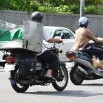 騎機車不能戴安全帽!這個城市的新規定讓眾人傻眼,背後原因卻意外更安全…