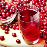 吃蔓越莓可以預防尿道炎?醫生:證據不足、吃心安的,多喝「這個」比蔓越莓更有效