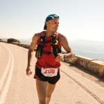 馬拉松為何如此迷人?讓他失敗5次仍要參賽,原來這趟旅程,就像化身當年的雅典戰士