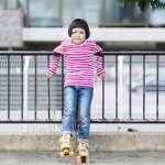 為什麼孩子比同學矮一截?醫生提醒:除了愛喝糖飲、不運動和晚睡,還可能是這個原因