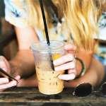 還要去搶購奶茶嗎?統計顯示台灣年輕人捐血人數越來越少,不是沒愛心、而是跟奶茶有關...