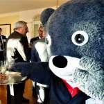 國際任務初體驗 熊讚「國熊外交」改走優雅風,但是會「飄浮」!
