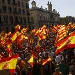 數十萬加泰隆尼亞「統派」民眾上街抗議:我們反對跟西班牙分離!