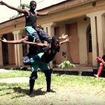 正宗非洲功夫!自製動作片《小鎮推銷販》在馬拉威首映