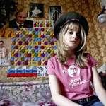 「普京是神、爸爸、完美的人!」穿粉絲T恤、集海報…俄國青年太瘋狂,崇拜元首如追星