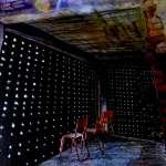 一起去尋寶吧!廢墟變身美麗光影小屋、石頭底藏小說,4位藝術家在寶藏巖埋驚喜!