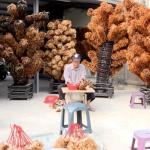 家家都有的雞毛撢子,幾乎全出自他手!73歲傳奇師傅陳忠露,一生無悔手工編出職人魂