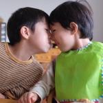 【爸媽該知道的事】為何小男生喜歡玩小雞雞?除了好奇身體外,還有這4原因