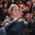 蘋果今年業績好,公司大老也受益!庫克大加薪74%,還因「這原因」被要求只能搭私人飛機…