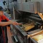 人生真的70才開始!新加坡的麥當勞炸薯條阿嬤過世,享壽90歲