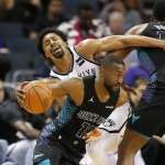 NBA》哈沃德與沃克聯手 黃蜂送籃網8連敗