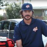 MLB》小熊布萊恩去年被整 今年變裝親送比薩球迷驚喜