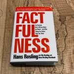 覺得世界越來越糟?讀一讀讓比爾蓋茲怎麼推薦都不夠的這本書