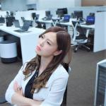 為何台灣人都「不好意思離職」,到耽誤前程才後悔?她點出台灣人「自作多情」的通病…