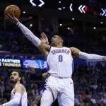 NBA》威少刷數據挨轟 韋德出面緩頰