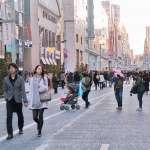 【張維中專欄】免費、內容卻不被業配綁架!1本銀座傳奇雜誌,令人讚嘆日本不愧為文化大國