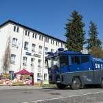 禁止極右派開趴飲酒》德國警方沒收4200公升啤酒還不夠 小鎮居民主動掃光所有啤酒
