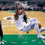 NBA季後賽》綠衫軍大鎖歸隊 守死公鹿搶聽牌