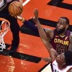 NBA季後賽》詹皇拚盡46分鐘! 大三元1分退暴龍