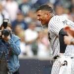 MLB》洋基新秀托雷斯再見轟 隊友高規格迎接