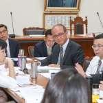 不滿吳茂昆跑去行政院 學生保險審查陳學聖要求「等部長來再把法案通過」