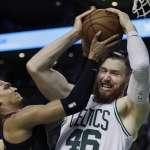 NBA東冠》安比德沒季後賽打也要發推特 嘲諷拜恩斯後迅速刪文