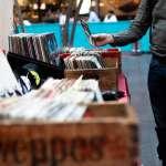 現在還有人在聽CD、看DVD嗎?這些東西逐漸消失,讓40歲中年男子好惆悵…