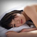 失眠想睡、不想跟人說話、覺得負面情緒不好…出現10種「憂鬱症」徵兆,請勇敢求救
