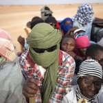 「很多女人躺在沙地上死去……」阿爾及利亞驅趕大批難民到撒哈拉沙漠,任其自生自滅