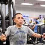侯友宜「大陣仗」赴健身房運動 被酸「親民還是作秀?」