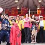 漫威英雄站台助陣 徐欣瑩號召500壯士登記參選