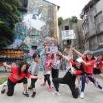 誰說50多歲只能在公園跳土風舞?這群阿伯阿桑苦練街舞拍MV,網友大讚太神啦!