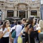 進軍Espresso的故鄉!首家星巴克在米蘭盛大開幕 義大利人質疑:這也稱得上咖啡?