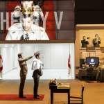 當代劇場美學下的宏觀歷史 ― 伊沃.凡.霍夫的重探莎翁筆下政權更迭