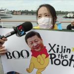 「習維尼想做中國皇帝,這是不能被接受的!」台灣人紐約遊行抗議,爭取加入聯合國