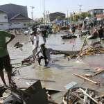 慘!強震、海嘯蹂躪印尼蘇拉威西島》罹難者暴增超過830人 災區滿目瘡痍